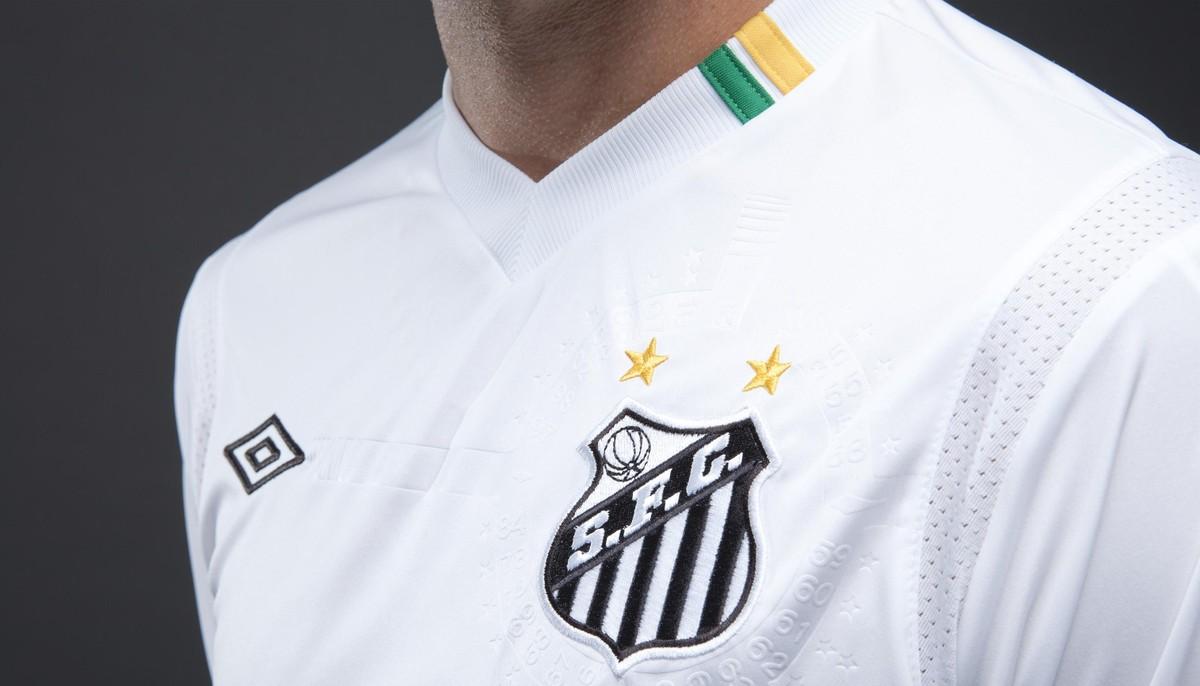 Santos 106 anos  uniforme da Umbro será lançado dia 12 de abril  veja  programação  f8556fe05b0ec