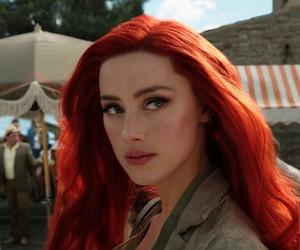 Amber Heard entrará para time das atrizes mais bem pagas de Hollywood com 'Aquaman 2' mesmo com campanha de fãs de Johnny Depp para demiti-la