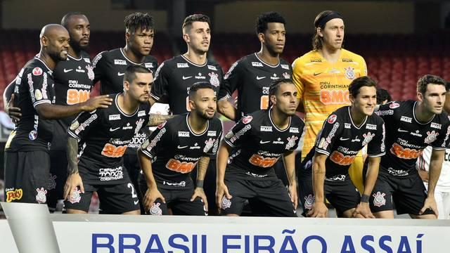 Jogadores do Corinthians que iniciaram o clássico