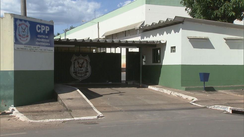 Fachada do Centro de Progressão Penitenciária (CPP) — Foto: TV Globo / Reprodução