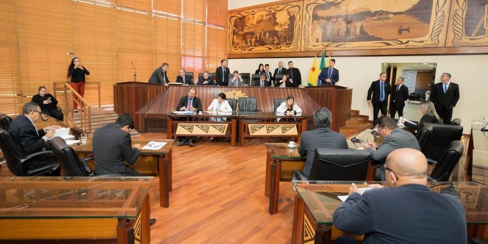 Projeto de lei que proíbe nomeação de pessoas condenadas por crimes foi aprovado por deputados no Acre — Foto: Divulgação/Aleac
