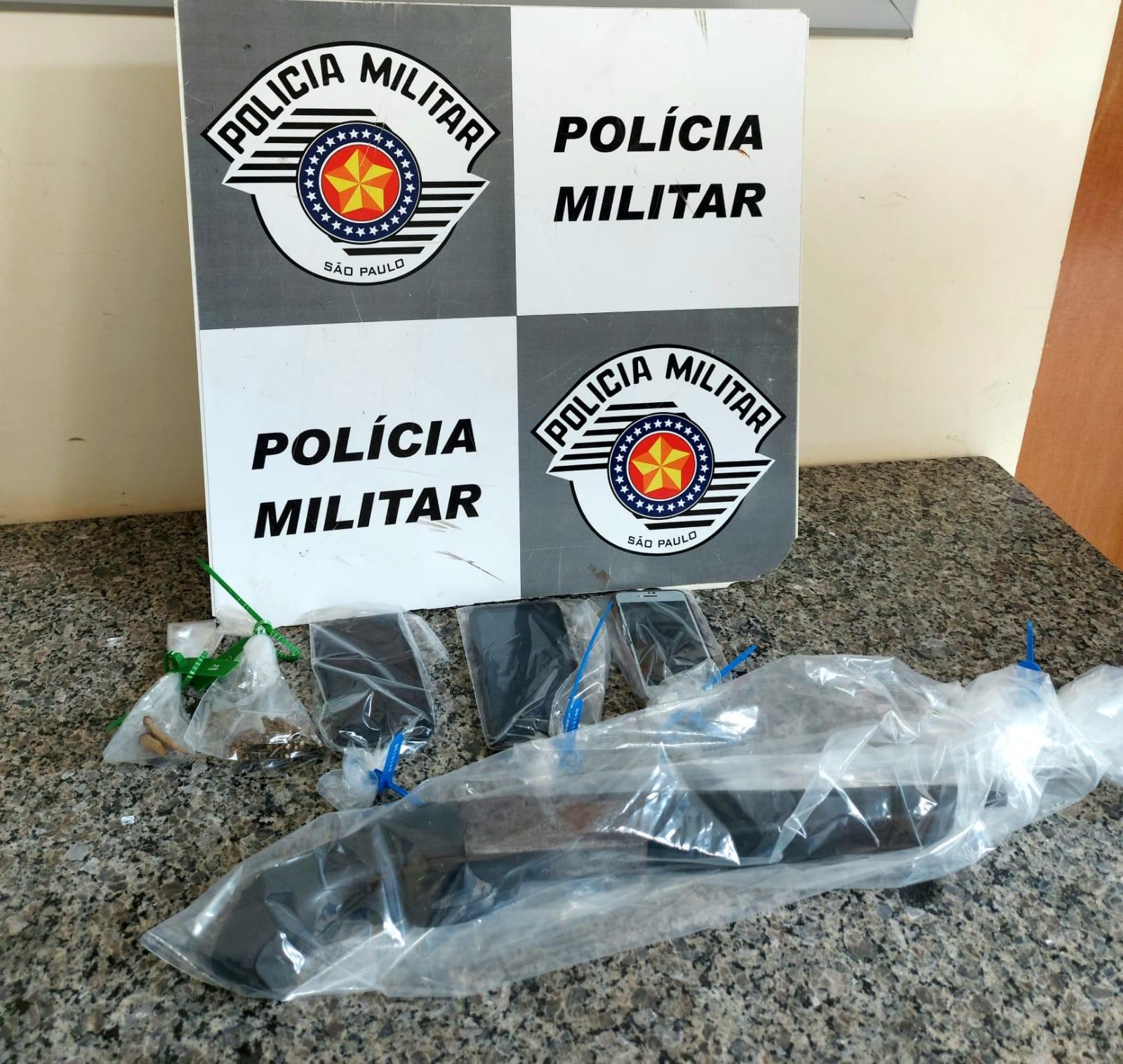 Operação conjunta das polícias Civil e Militar apreende drogas e arma em Presidente Bernardes