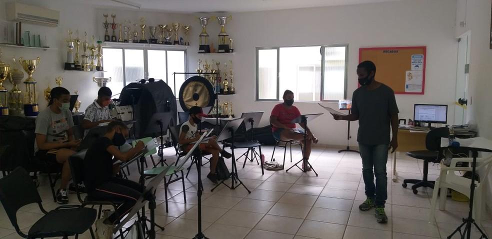 Prefeitura de Porto Real realiza oficina de aula de música — Foto: Divulgação/Secretária de Assistência Social de Porto Real