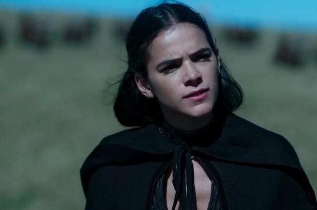 Bruna Marquezine é Catarina em 'Deus salve o rei' (Foto: Reprodução)