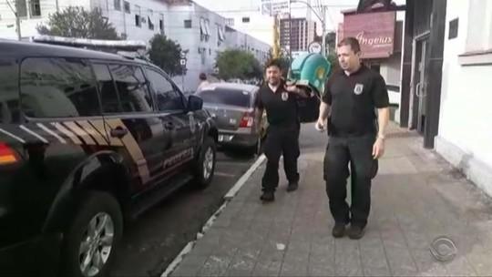 Operação da PF prende suspeitos investigados por fraudar licitações de transporte escolar