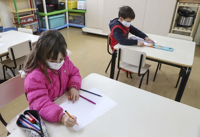 Maringá anuncia volta do período integral na rede municipal de ensino para crianças de 0 a 5 anos