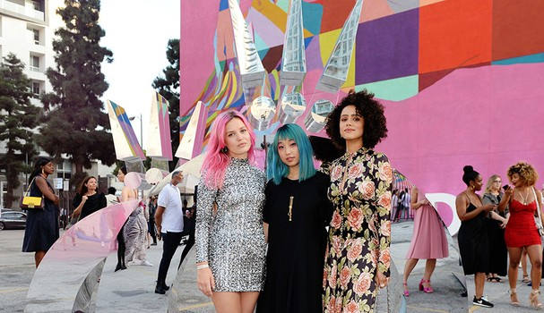 Georgia May Jagger, Margaret Zhang e Nathalie Emmanuel no Pandora Streets of Love, em Los Angeles, California (Foto: Andrew Toth/Getty Images para Pandora)
