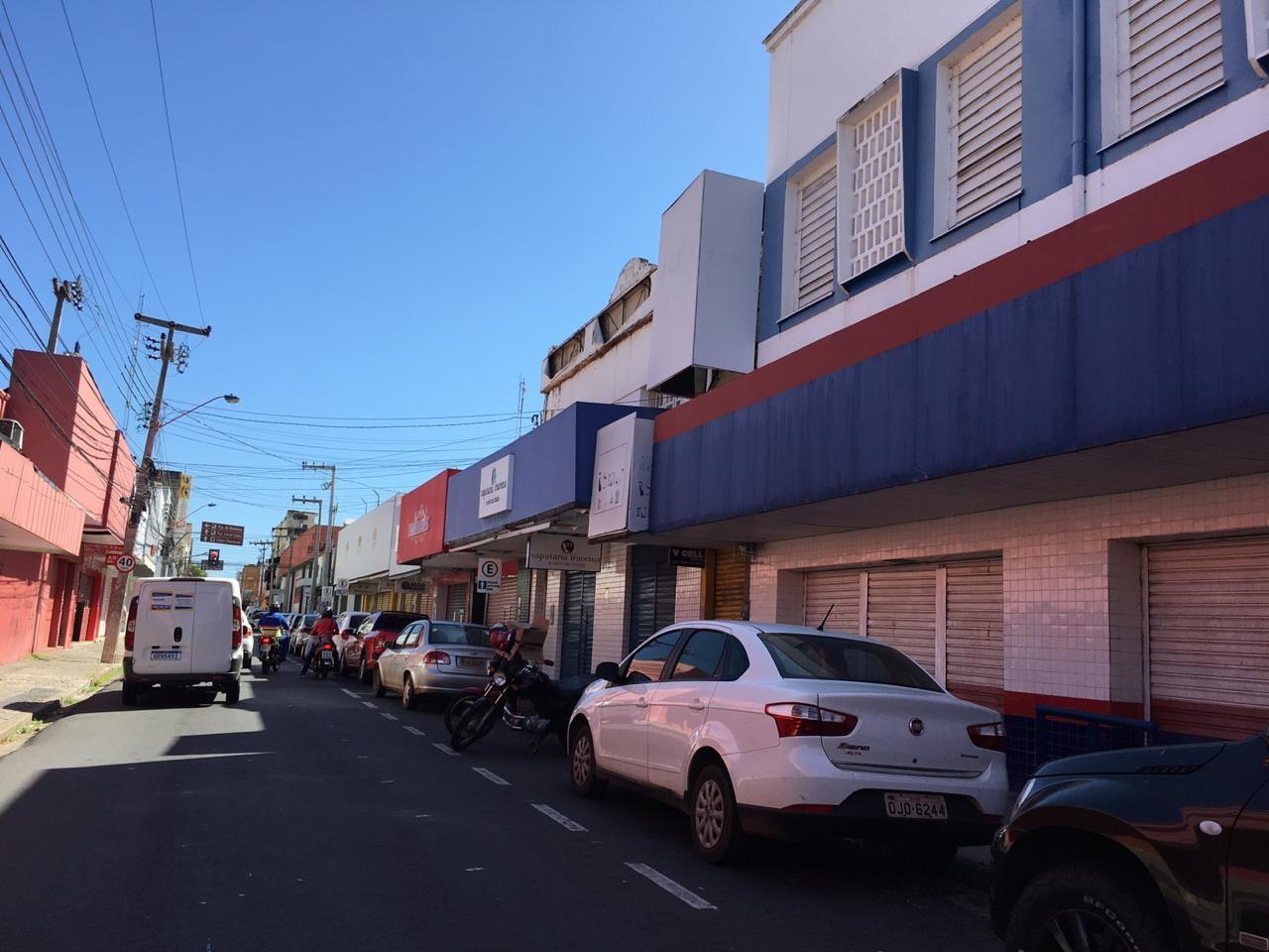 Teresina mantém 'lockdown parcial' nos finais de semana de agosto, mas retomada da economia não será suspensa