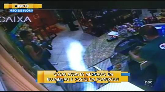 Casal faz 2 assaltos no Vale do Itajaí; homem ameaçava vítimas com arma similar a um fuzil