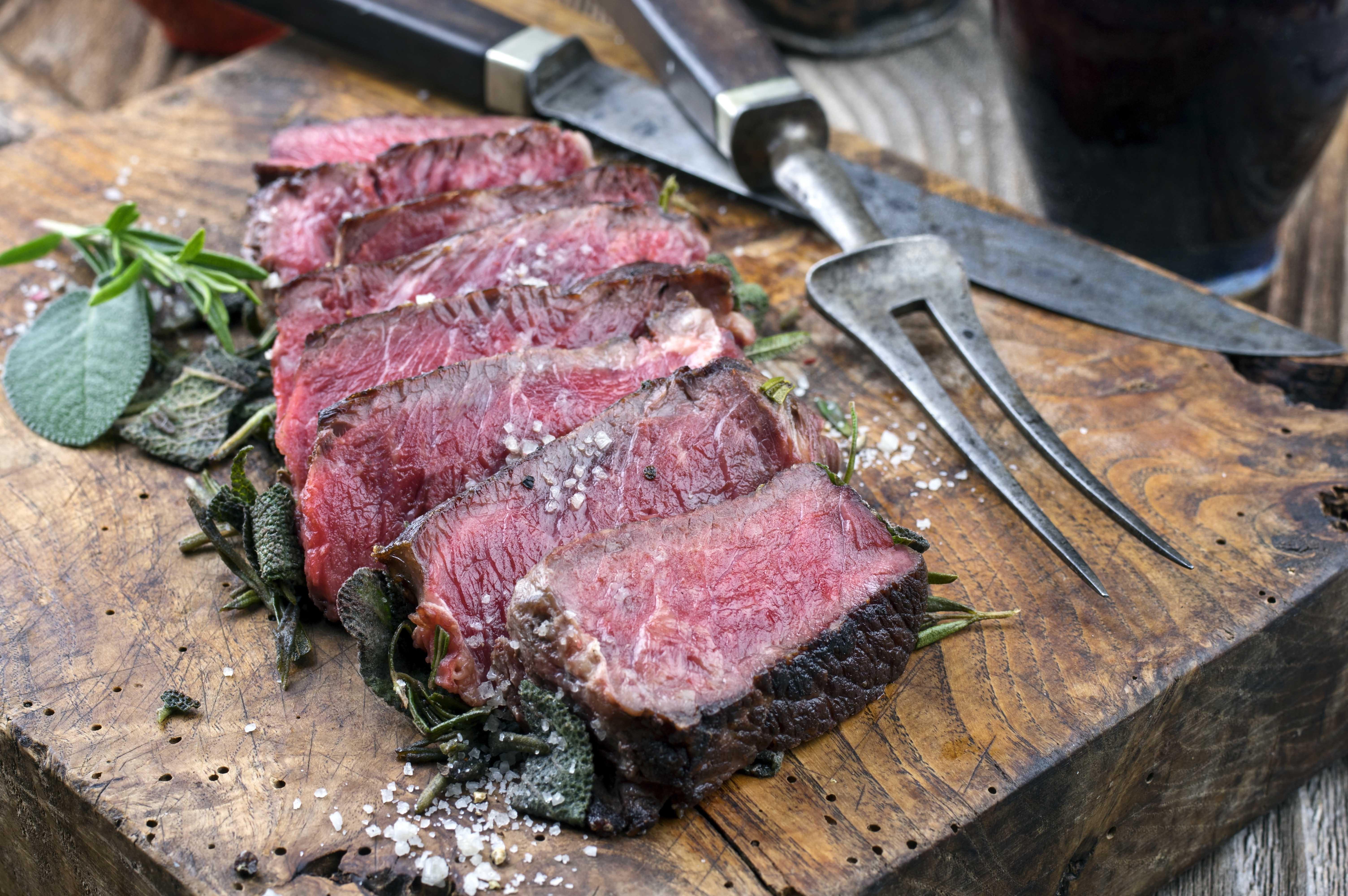 O resultado da maturação dry aged é uma carne mais macia e saborosa (Foto: Divulgação)