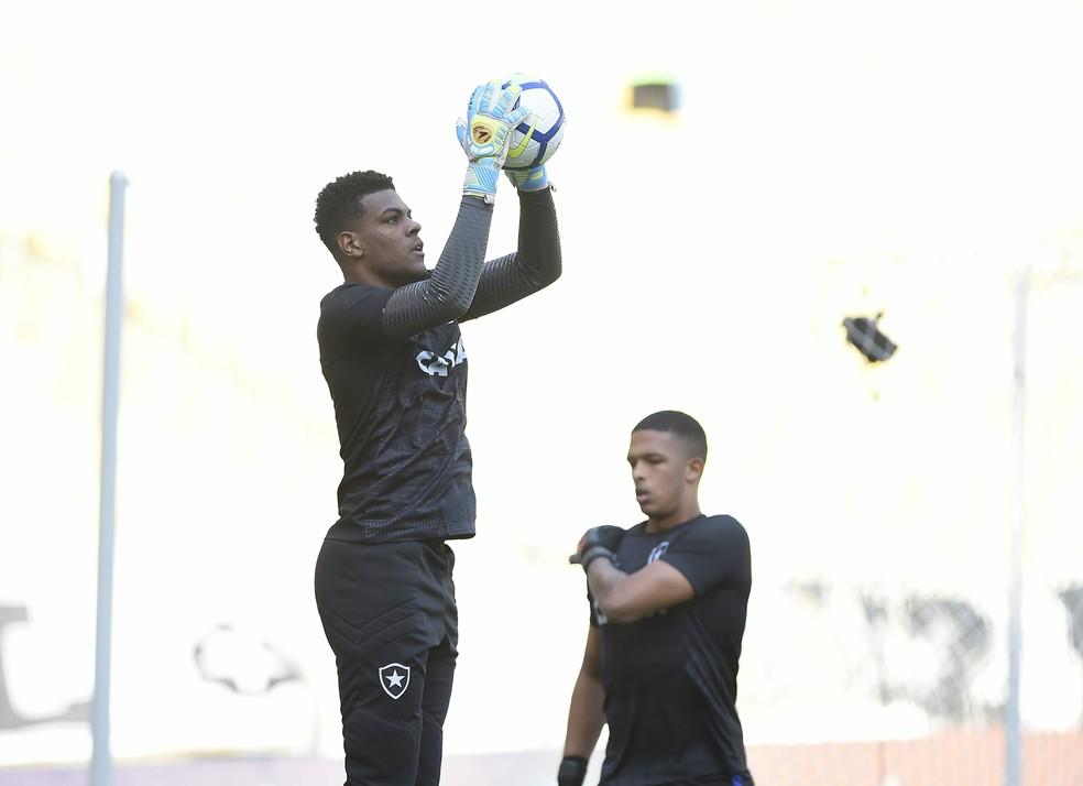 Saulo ou Diego deve ser emprestado para ganhar experiência em 2019 — Foto: André Durão/GloboEsporte.com