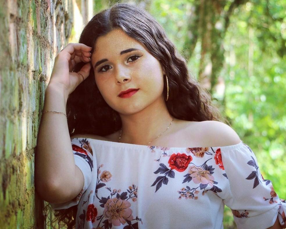 Milena Eduarda Deckert Schreiber, de 15 anos, foi morta em 20 de setembro de 2020 — Foto: Arquivo Pessoal