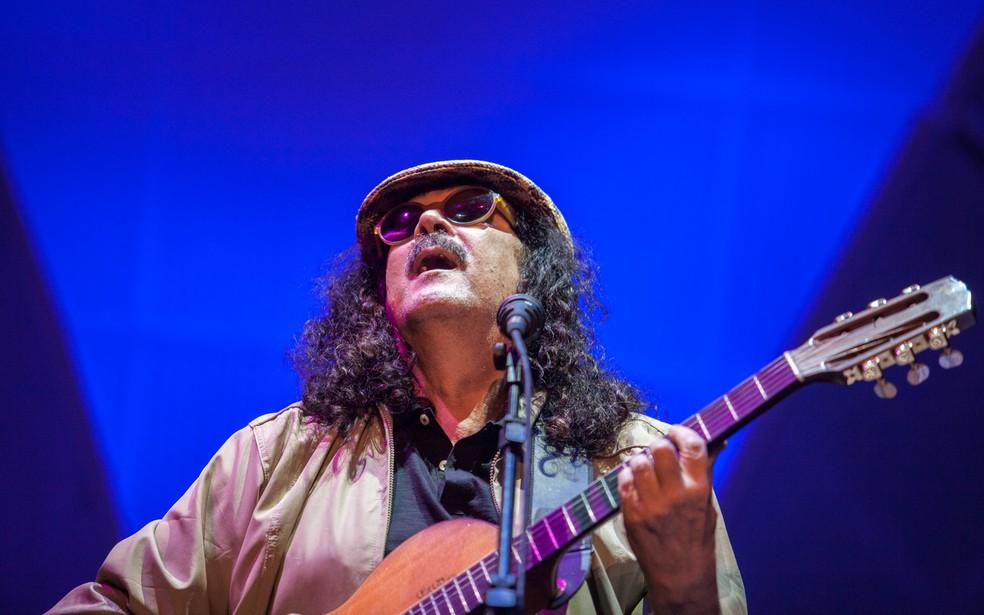 Moraes Moreira canta Novos Baianos em São Paulo — Foto: Marcelo Brandt / G1