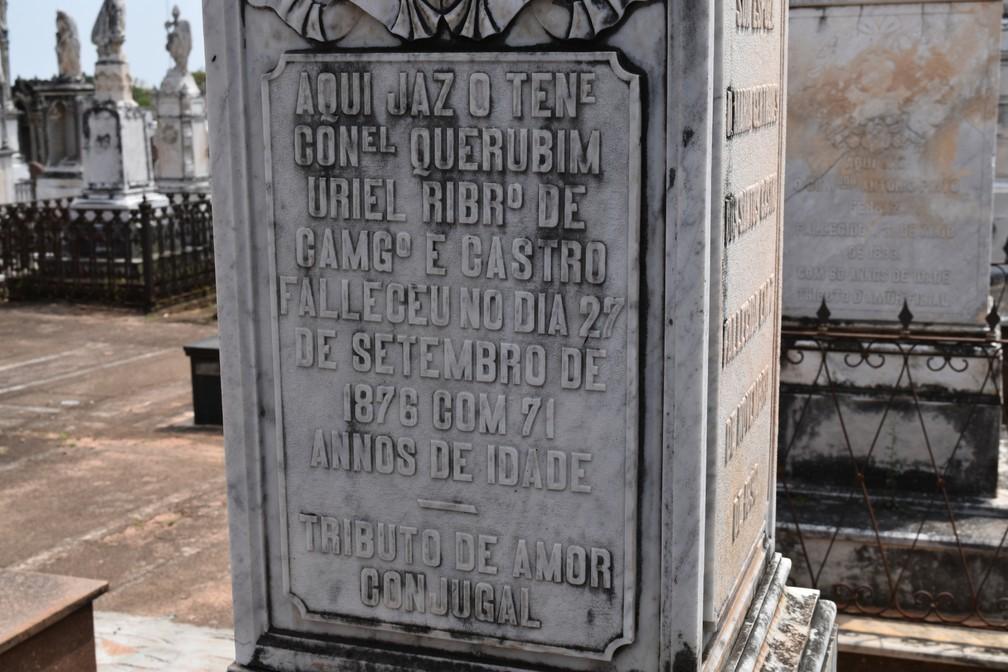 Homem morto em 1876 está enterrado no Cemitério da Saudade, inaugurado em 1881 — Foto: Rui do Amaral/G1