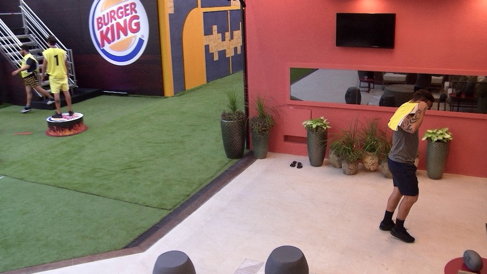 Hadson deixa Prova de Imunidade Burger King — Foto: TV Globo