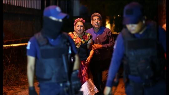 Gangue armada entra em festa e mata 13 pessoas no México