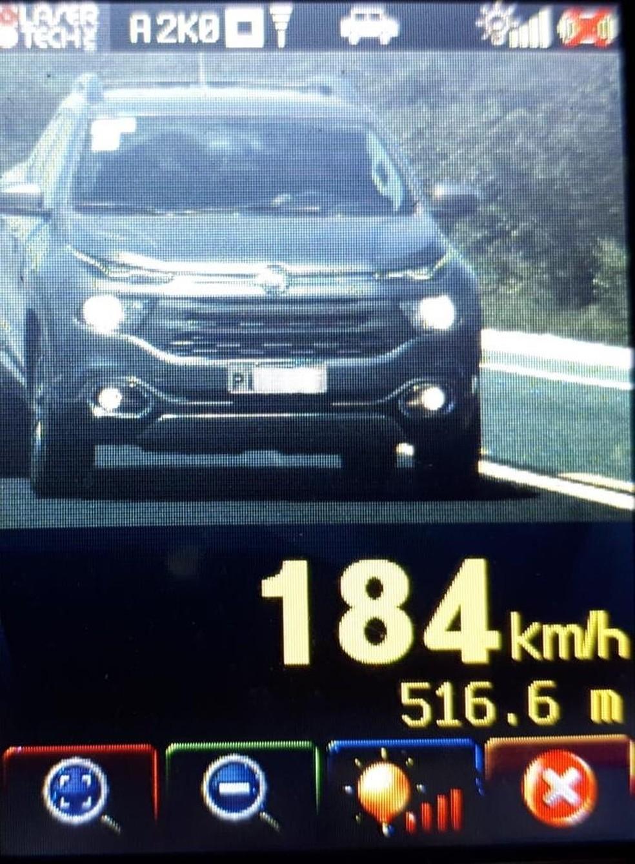 PRF flagrou veículo a 184 km/h — Foto: Divulgação/PRF