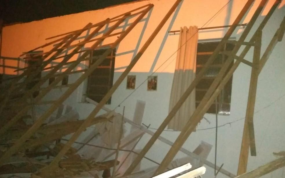 Não havia ninguém na capela no momento do incidente — Foto: Arquivo pessoal/Marcos Ferreira