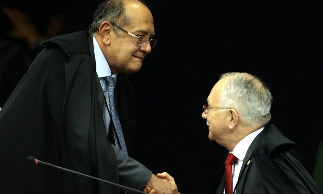 Os ministros Gilmar Mendes e Edson Fachin na Segunda Turma do STF