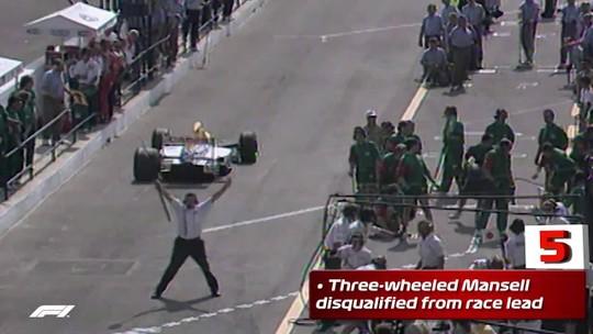 Incêndio, mangueira presa, pneu mal trocado: veja o top 10 de pit stops desastrosos na F1