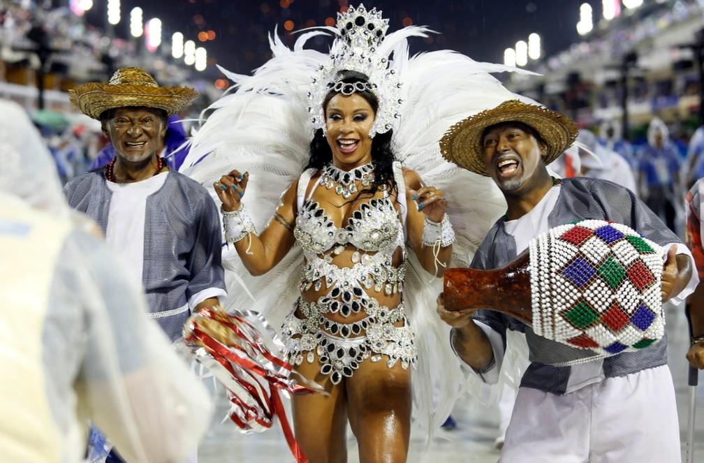 Anny Santos, rainha da Alegria da Zona Sul — Foto: Marcos Serra Lima/G1