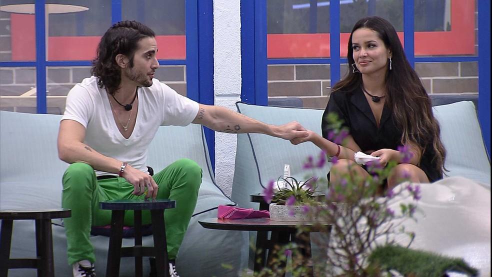 Juliette ouve desculpas de Fiuk e afirma: 'Não desisti e eu não me arrependo' — Foto: Globo