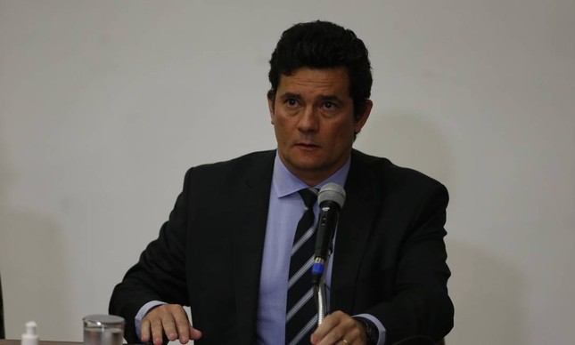 Sergio Moro entrega o cargo de ministro da Justiça