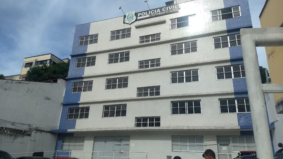 Caso foi registrado na delegacia, em Cariacica — Foto: Tiago Félix/ TV Gazeta