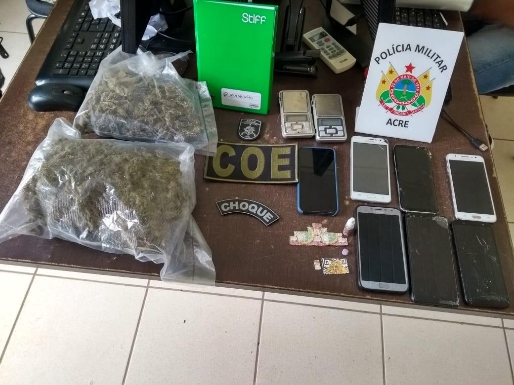 Polícia apreende droga e prende quatro em ação conjunta em bairro de Rio Branco