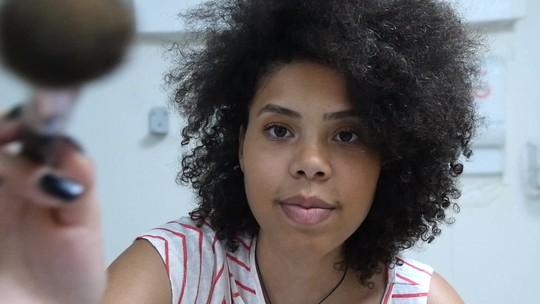 Missão Digital: a tecnologia transforma a vida de uma jovem maquiadora