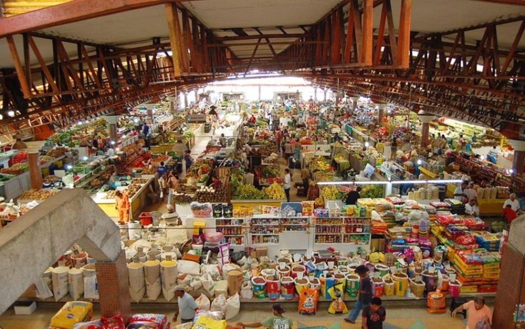 Mercado Maria Virgínia Leite Franco vai abrir normalmente nesta segunda-feira