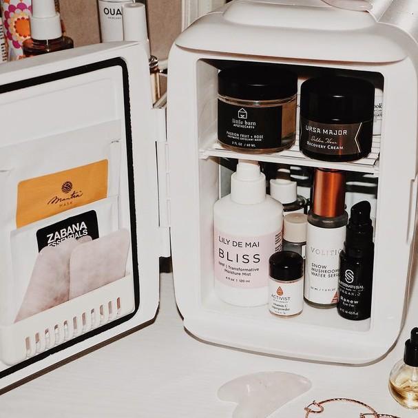 Mini geladeira de skincare (Foto: Reprodução/Instagram)