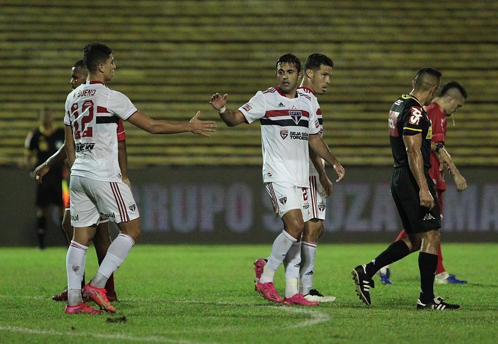 São Paulo precisa de uma vitória por dois gols de diferença para passar de fase — Foto: Rubens Chiri/saopaulofc.net