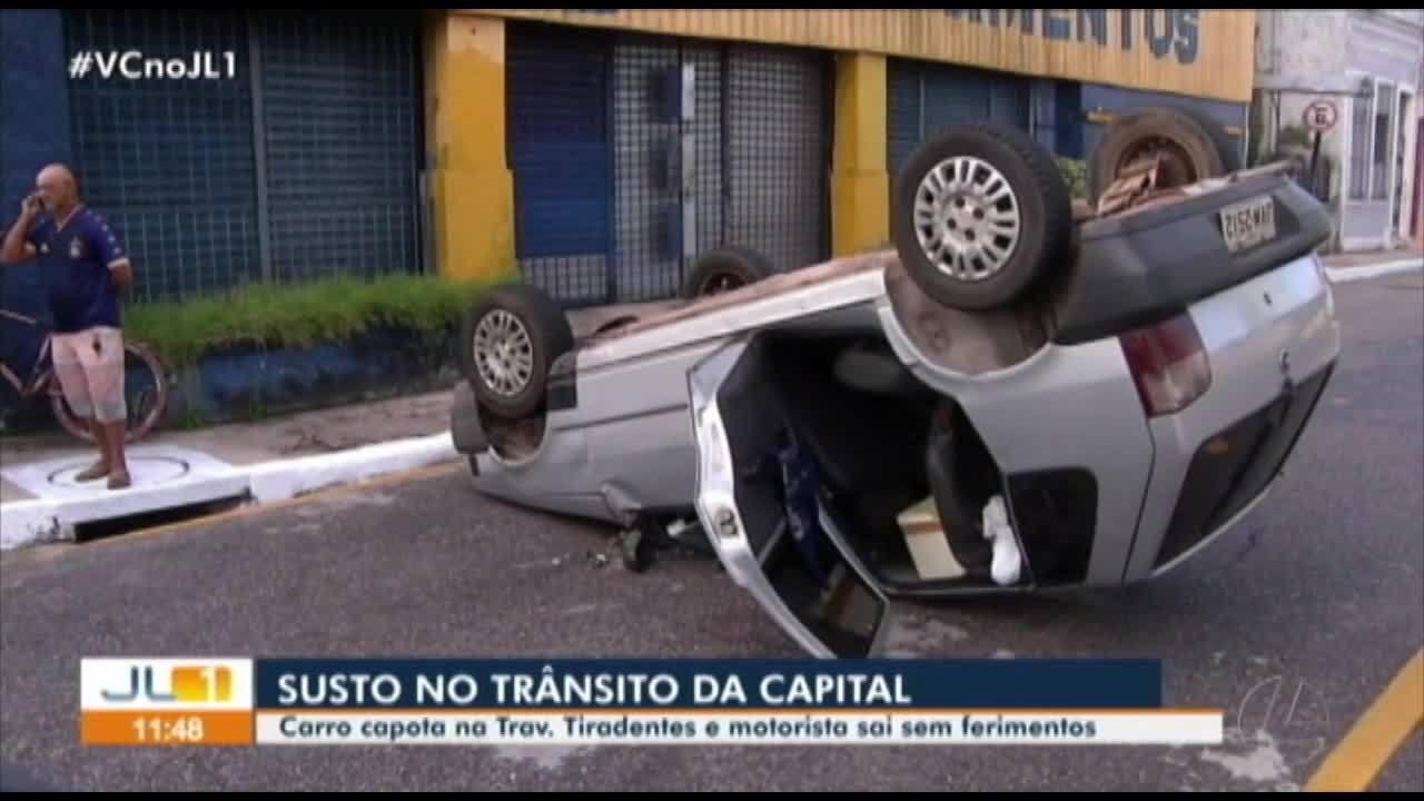 Carro capota em Belém e motorista sai sem ferimentos