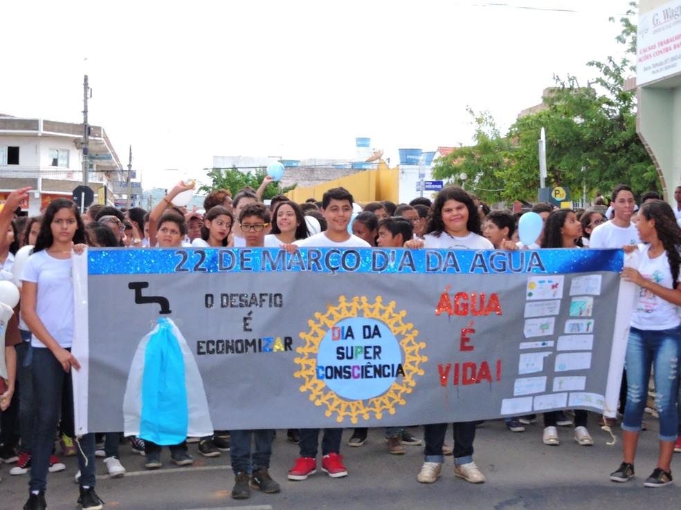 Semana da Água é realizada em Serra Talhada (Foto: Assessoria/ Divulgação)