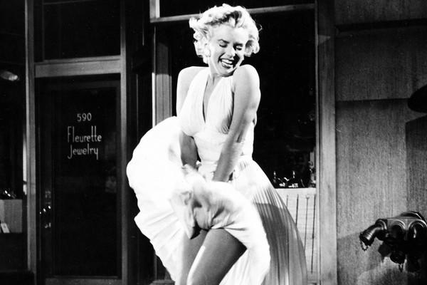 A clássica cena de Marylin Monroe em O Pecado Mora ao Lado (1955) (Foto: Reprodução)