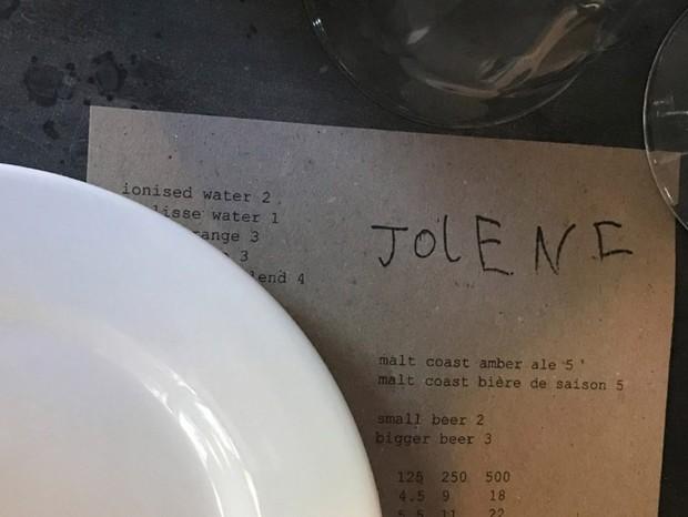Restaurante londrino usa logotipo feito por criança de 6 anos