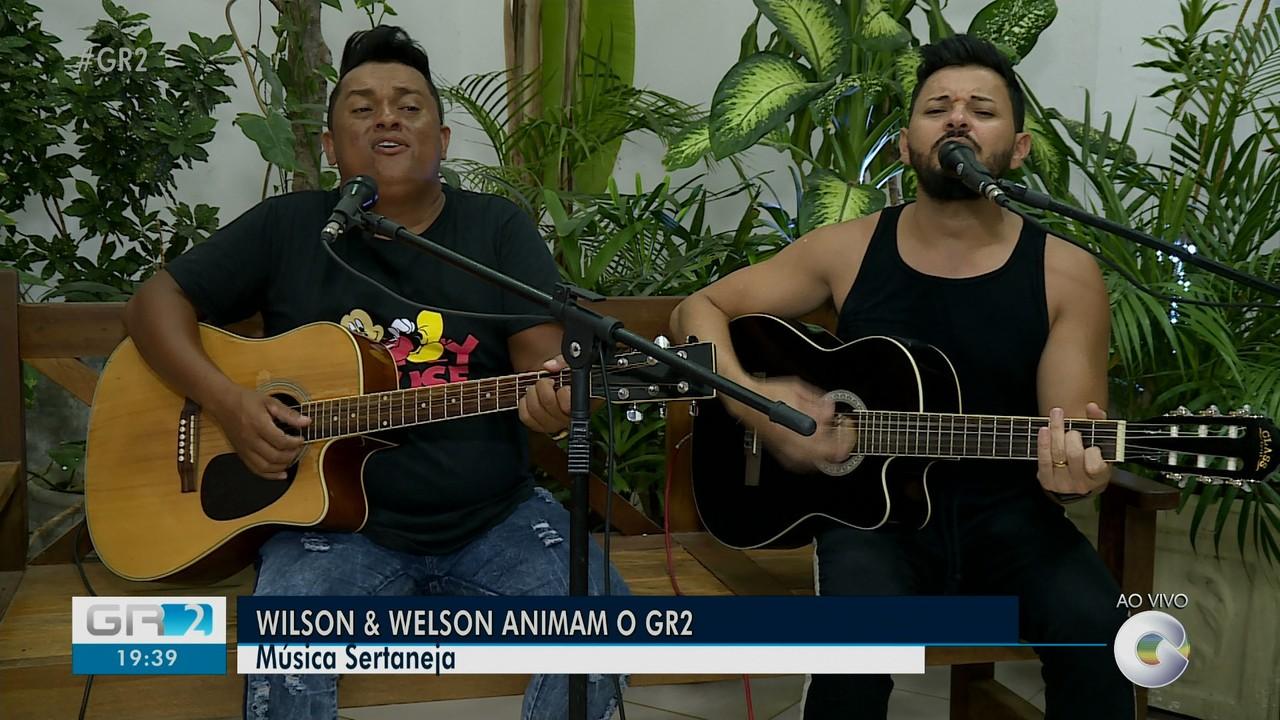 Dupla Wilson e Welson se apresenta no GR2