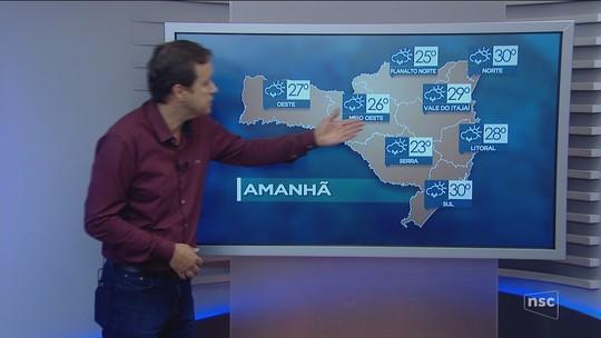 SC tem mortos, desaparecidos e problemas no trânsito em dia de fortes chuvas