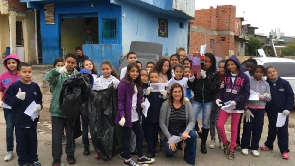 Em quatro anos, mais de 700 kg de lixo foram retirados das ruas pelos estudantes — Foto: Arquivo pessoal