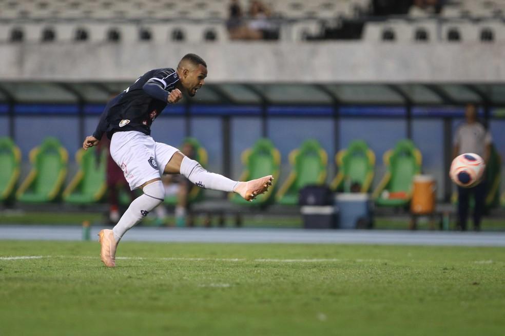 Wesley marcou em Re-Pa do ano passado e balançou a redes duas vezes na temporada — Foto: Fábio Costa/O Liberal