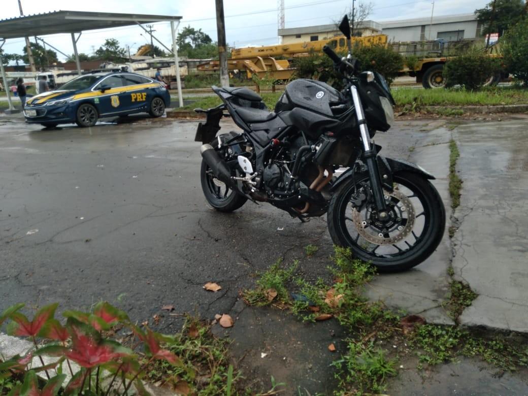 Motociclista com mandado de prisão em aberto é preso na BR-135 no MA