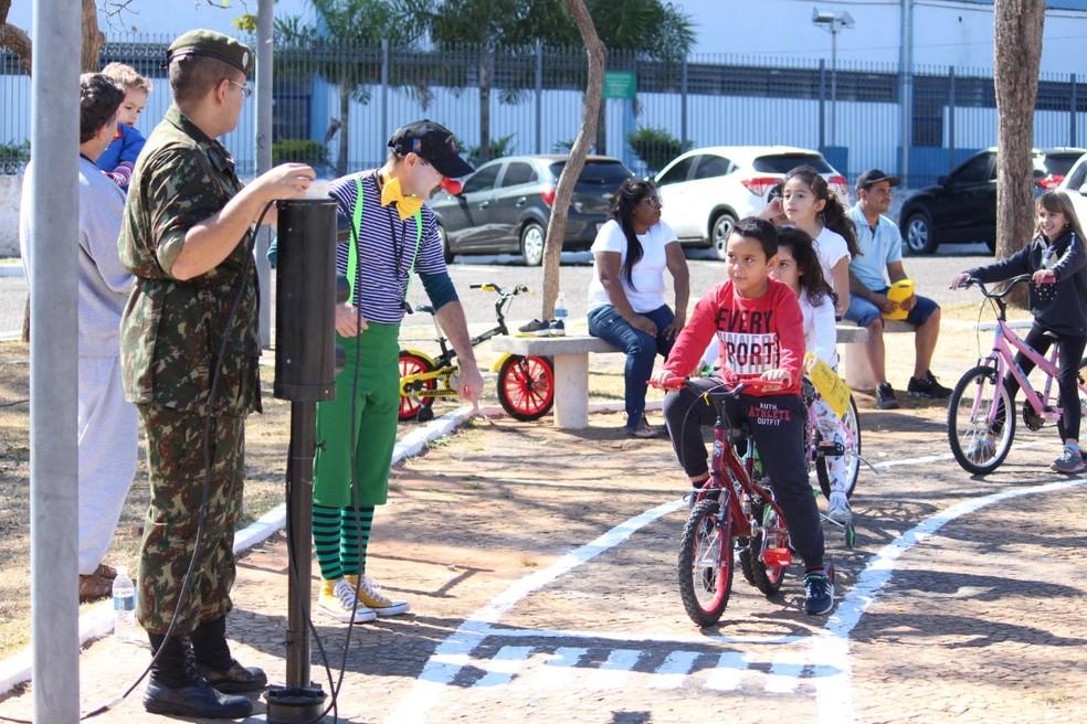 Projeto Cidade Mirim ensina às crianças noções de trânsito seguro em Marília — Foto: Prefeitura de Marília/Divulgação