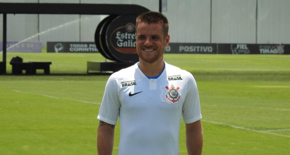 Ramiro em sua apresentação no Corinthians — Foto: Marcelo Braga