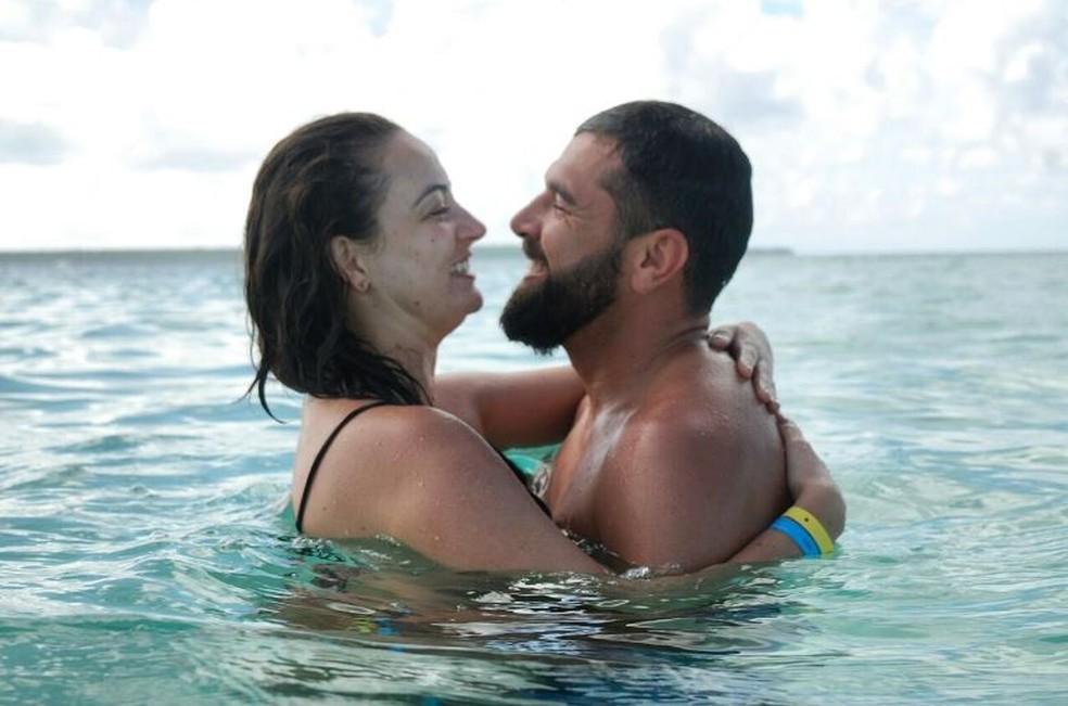 Em um show por acaso, Isadora e Nicollas se conheceram na folia em Florianópolis (Foto: Isadora Mafra/Arquivo pessoal)