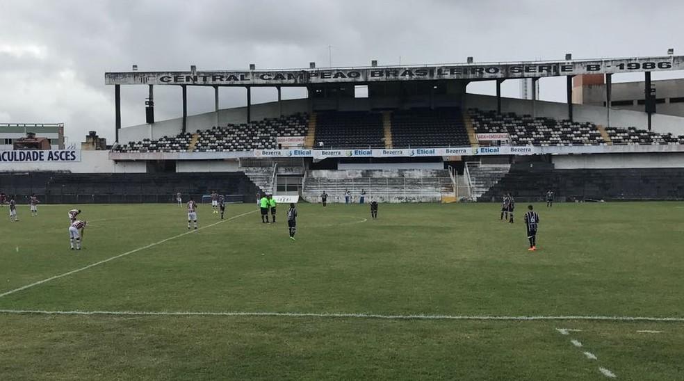 Jogo contra o internacional será o primeiro de quatro a serem realizados no estádio (Foto: Mário Flávio / GloboEsporte.com)