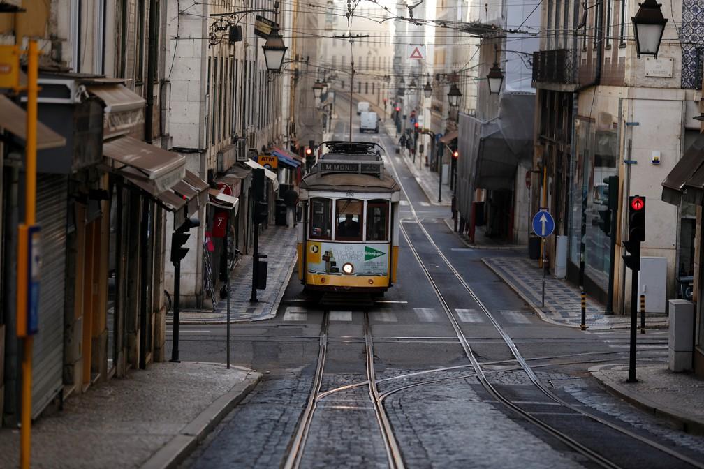 Ruas de Lisboa, em Portugal, vazias por causa do coronavírus em 31 de outubro de 2020 — Foto: Rafael Marchante/Arquivo/Reuters