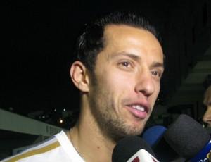 Nenê se reapresenta ao PSG, mas diz: 'Não fico, quero jogar no Brasil'
