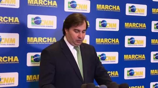 Maia diz que negocia corte 'provisório' do PIS/Cofins sobre diesel