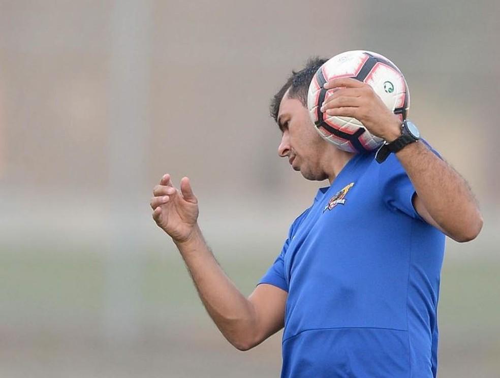 Fábio Carille está perto de trocar o Al-Wehda pelo Corinthians — Foto: Divulgação